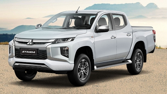 Mitsubishi Strada GLX Plus 4x2 AT with P95,000 All-in